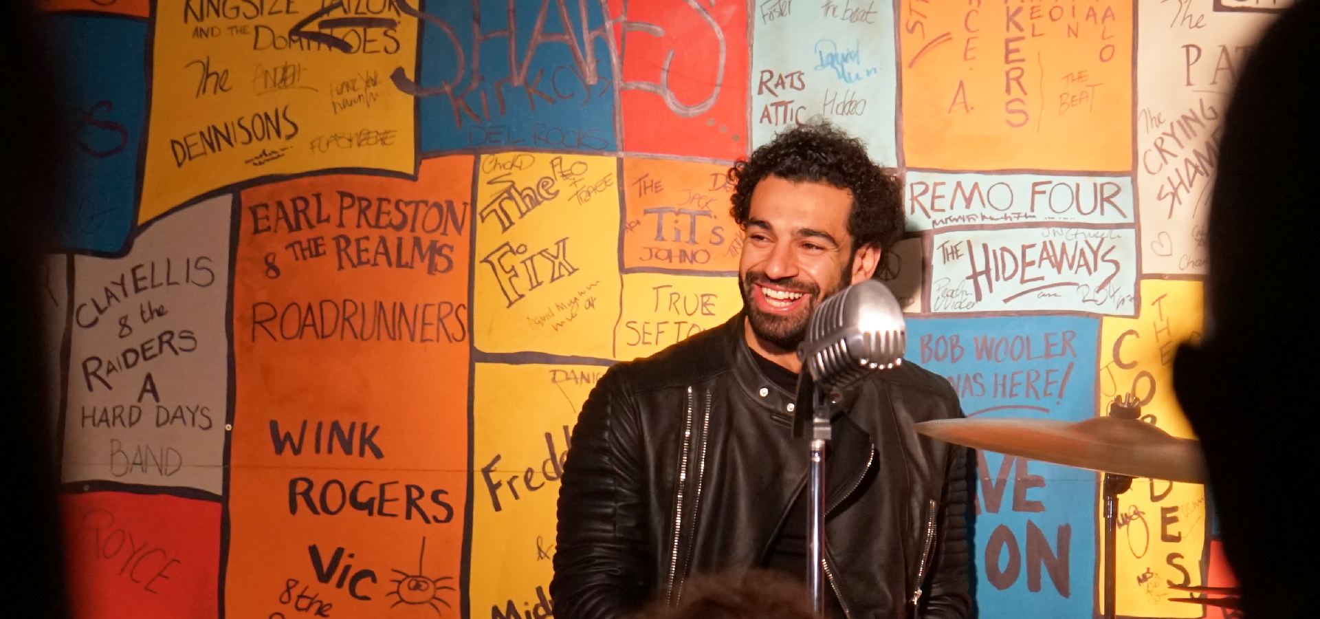 Mo Salah: Liverpool forward visits The Beatles Story | The ...