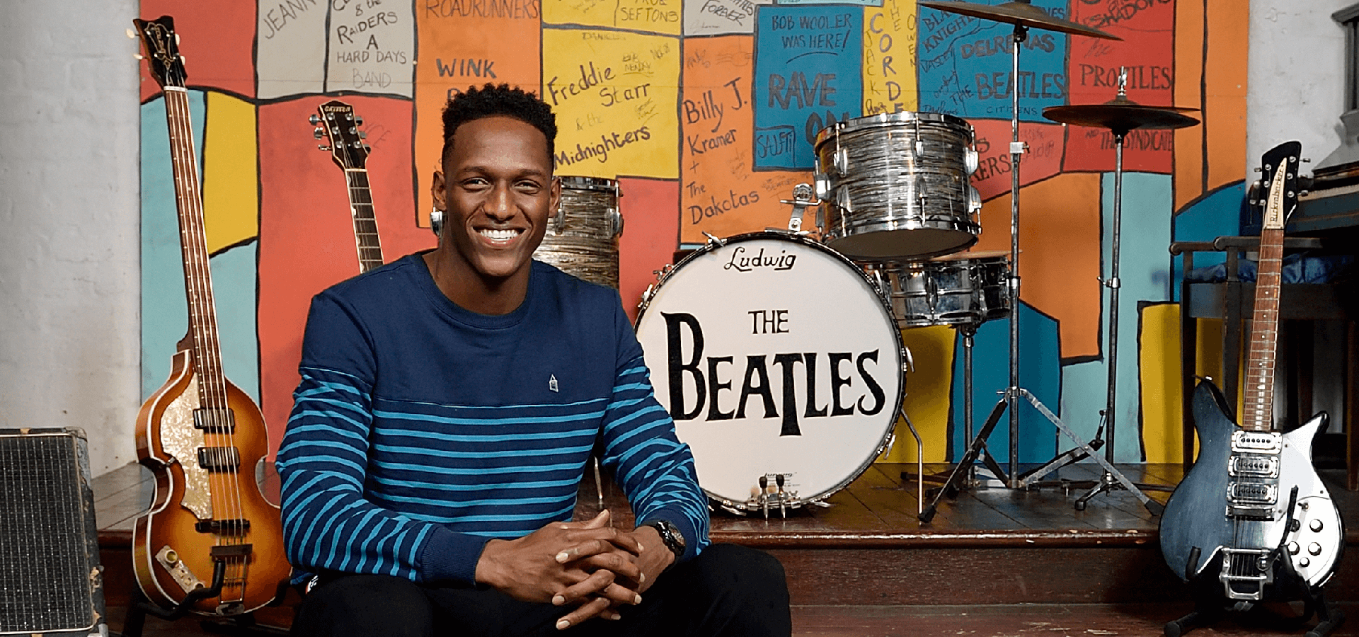 Yerry Mina: EFC star visits The Beatles Story