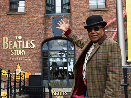 Tito Jackson: legendary singer visits The Beatles Story