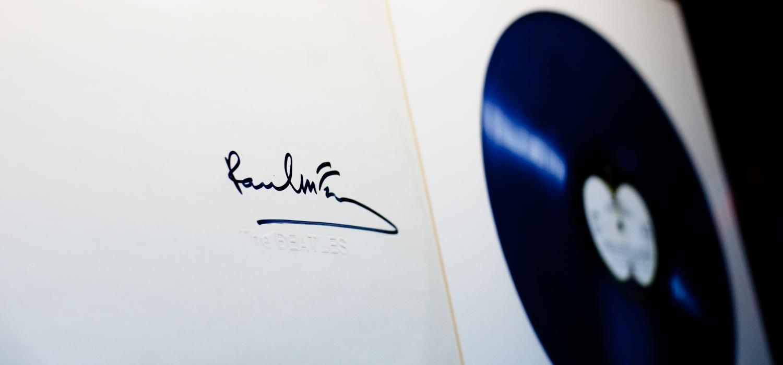 Memorabilia: Blue vinyl White Album