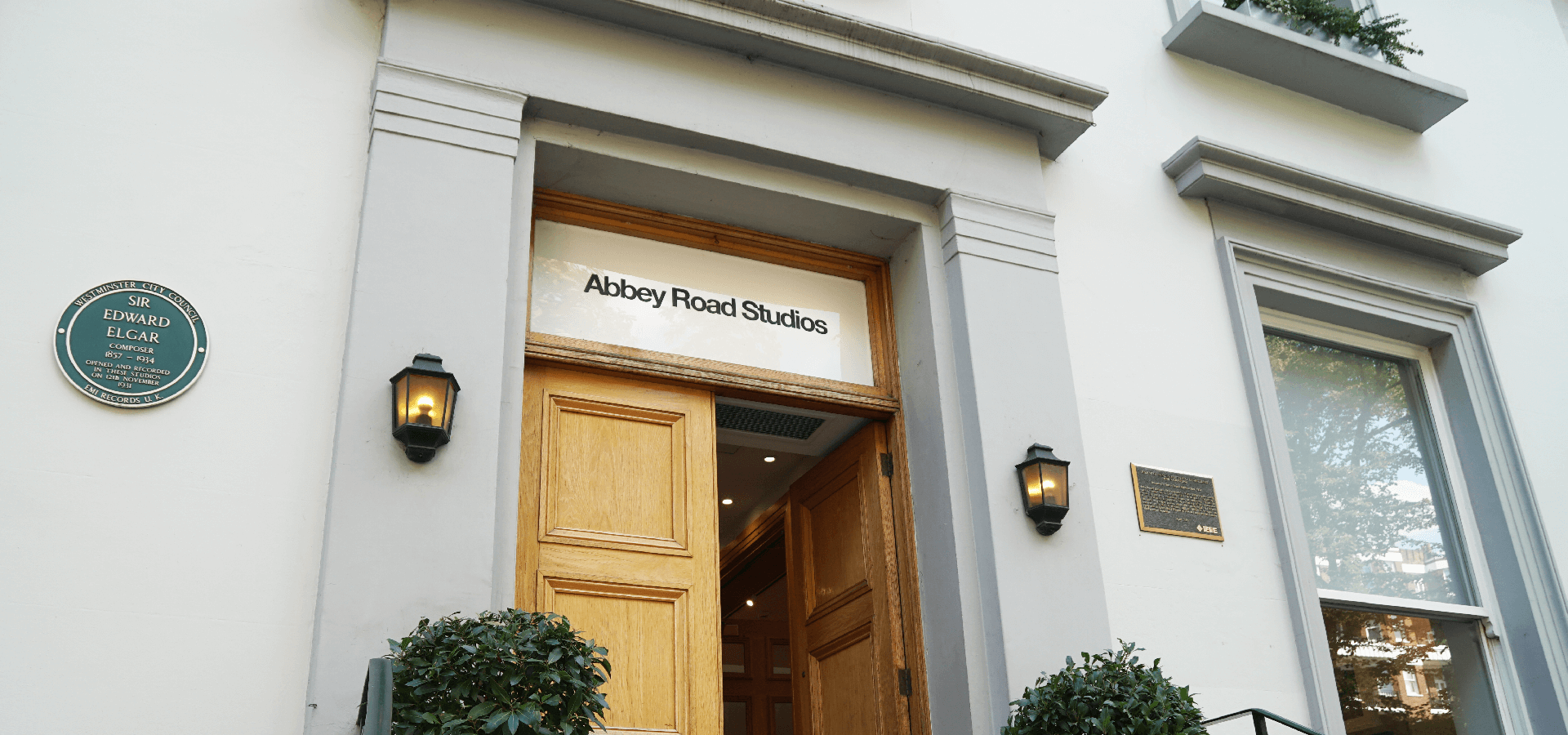 Abbey Road: The Studios That Became A Legend