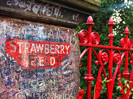 Song Facts: Strawberry Fields Forever/Penny Lane